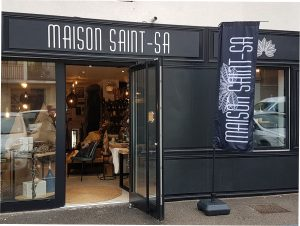 The Maison Saint-Sa store in Luynes, Aix en Provence